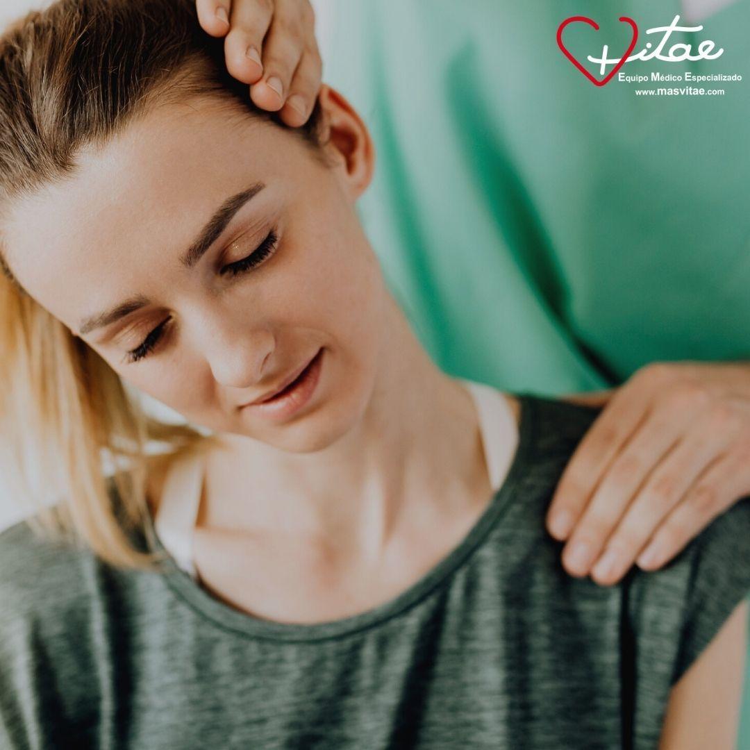 Tratamiento de fisioterapia del latigazo cervical